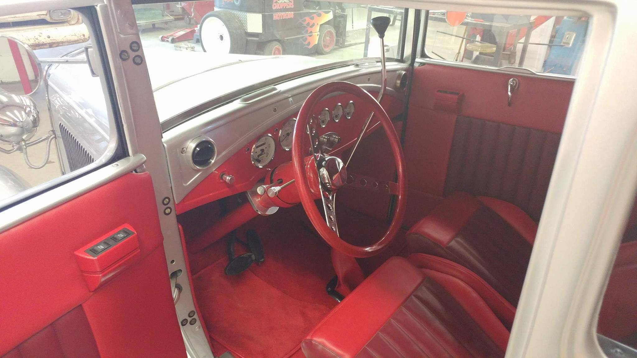 dual tone red interior and high boy shifter